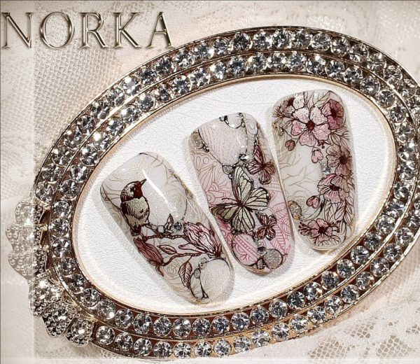 MOYRA-STAMPING-PLATE-14-Moments-1