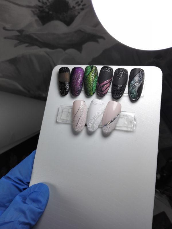 bubble-gel-nails-snakeskin-effect
